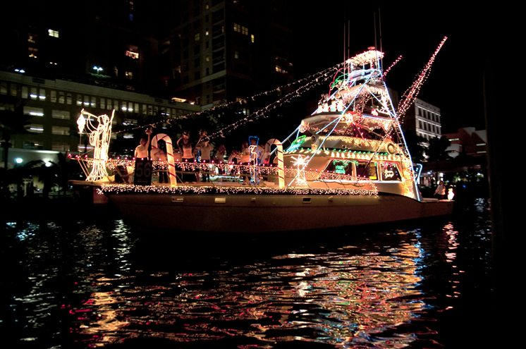 Fort Lauderdale Christmas Boat Parade.Seminole Hard Rock Winterfest Boat Parade South Florida Finds