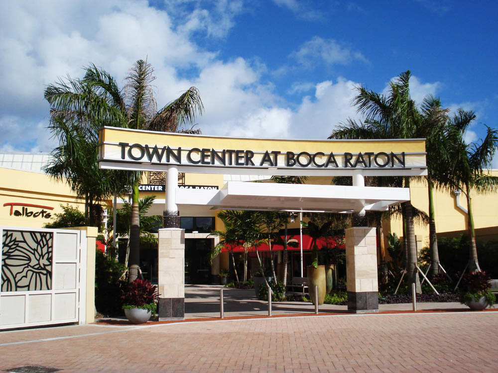 Information & Events Proactive store is located in Town Center at Boca Raton, Glades Rd, Boca Raton, FL